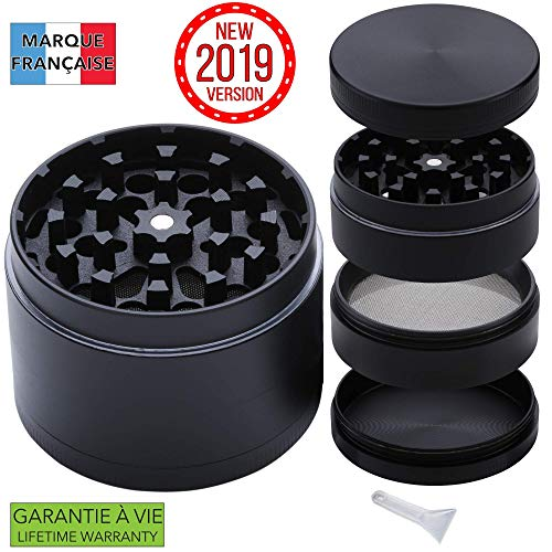 Takit Grinder [Bester Grinder 2019] 4 Teile mit 3 Fächern - mit Filter und Minispatel - 55x40mm