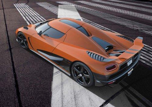 classique-et-muscle-car-ads-et-art-koenigsegg-voiture-agera-r-2013-voiture-art-poster-imprime-sur-pa