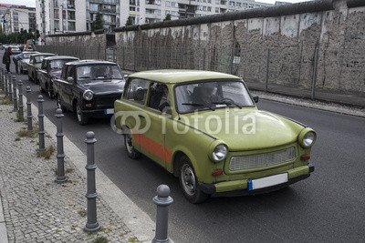"Poster-Bild 90 x 60 cm: \""trabant car\"", Bild auf Poster"