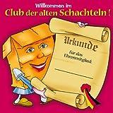Udo Schmidt Riesiges Schild *Willkommen im Club der alten Schachteln!*