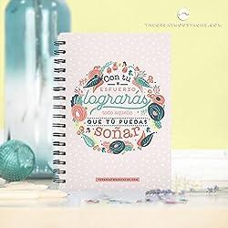 Cuadernos personalizados con frases optimistas.