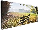 Wallario XXXL Riesen- Leinwandbild Idyllische Holzbank in Den Bergen - 80 x 200 cm in Premium-Qualität: Brillante lichtechte Farben, Hochauflösend, verzugsfrei