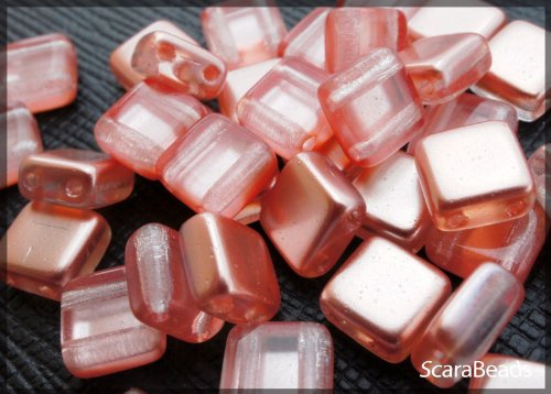 40 pz Tile Beads - Ceco piazza perline di vetro con due fori, rivestimento perla da un lato, Salmon - Veneziana Seed
