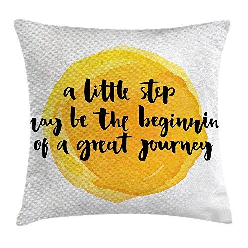 Decor Werfen Kissenbezug, Ein wenig Schritt kann der Beginn einer großen Reise Zitat Print, Dekorative Quadratisch Accent Kissen Fall, Erde Gelb Schwarz (Erde Gelb)