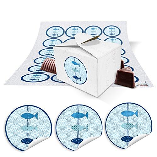24 kleine weiße Geschenkboxen Geschenkverpackung Geschenkschachteln 8 x 6,5 x 5,5 + maritime blau weiße Fische Aufkleber ... zum Befüllen für Gastgeschenke zur Kommunion, Taufe, Geburtstag