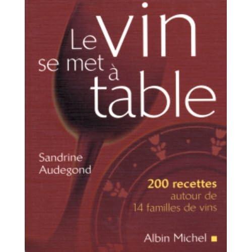 Le vin se met à table