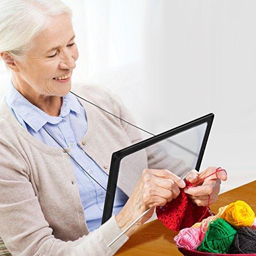 Zeitungslupe Vergrößerungsglas Leselupe - Lupe OMALU - für Senioren zum Umhängen - Geschenk für Oma - A4 Format- LED Beleuchtung - Senioren Vergrößerungslupe Lesehilfe Zeitung Buch - Maße: ca. 28x20x2cm - 8