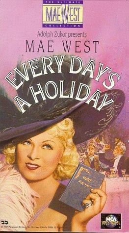 Preisvergleich Produktbild Every Day's a Holiday [VHS]