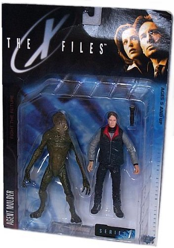 the-x-files-fight-the-future-movie-agent-fox-mulder-action-figure-with-cryopod-chamber-and-human-hos