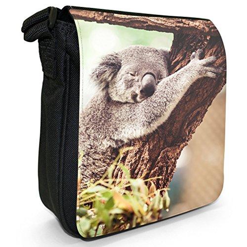 Australischer Koala Kleine Schultertasche aus schwarzem Canvas Koala ruht sich in Bäumen aus