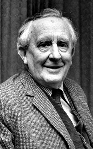 200 Quotes By J.R.R. Tolkien: 200 Selected Quotes By The Iconic Author J.R.R. Tolkien (English Edition)