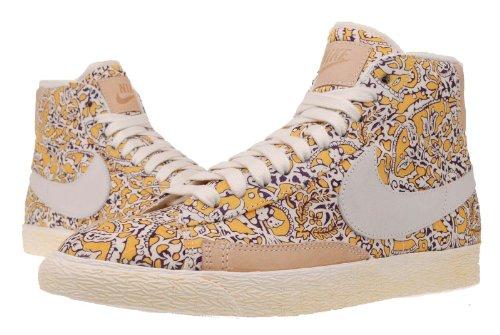 Nike unisex Featherlite Aerobill Swoosh cappello Gold