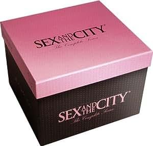 Sex and the City : L'Intégrale des saison 1 à 6 - Coffret 18 DVD [inclus l'Ensemble ultra-féminin short + débardeur]