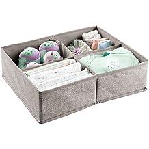 mDesign Organizador para bebés – Gran caja organizadora con cuatro compartimentos, ideal para pañales, toallitas, etc. – Organizador de juguetes y artículos de bebés – Color: gris