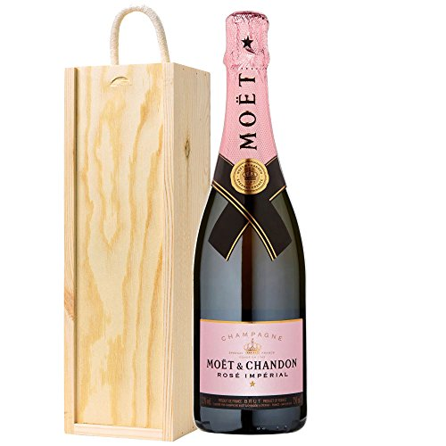 moet-and-chandon-rose-champagne-in-wooden-box
