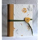 Album 23x30 con 50 pagine per 100 oppure 200 foto pelle e carta con fiori artigianale bottone cuore Giallo
