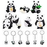 Figurine Animali Bambini, Panda Coccolone (8 Pezzi), Giocattoli Educativi con 6 Portachiavi Panda per Regalo di Compleanno di Natale per Ragazze, Colore Bianco/Nero