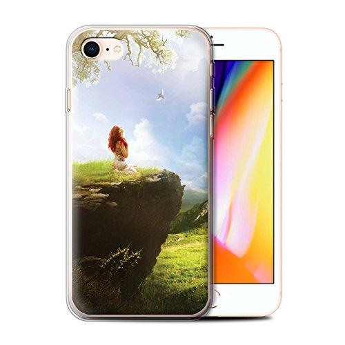 Officiel Elena Dudina Coque / Etui Gel TPU pour Apple iPhone 8 / Forêt Brumeuse Design / Fantaisie Paysage Collection Champ Vert