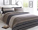Molti dicono che i classici sono i migliori. Impossibile negarlo.  Questo set da letto con motivo a righe è perfetto per qualsiasi arredamento e non può mancare nella tua camera.  Con strisce multicolore in nero e grigio, blu e marrone.  La p...