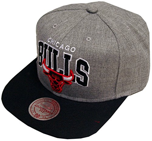 Mitchell & Ness NBA Chicago Bulls Cap Casquette UNIQUE, grey