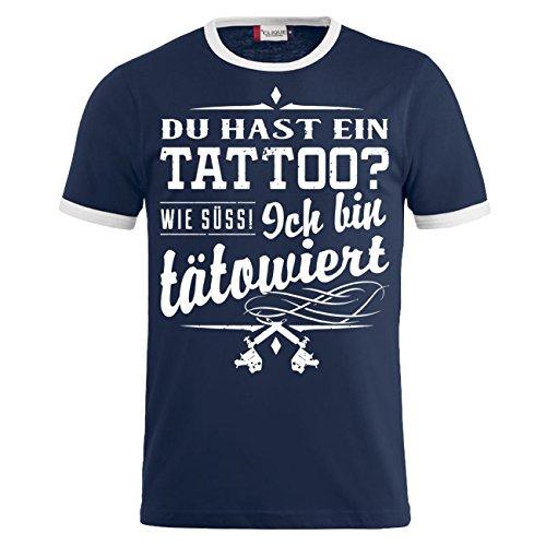 Männer und Herren T-Shirt Du hast ein Tattoo ICH BIN TÄTOWIERT (mit  Rückendruck