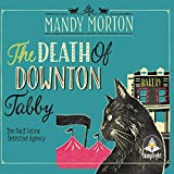 The Death of Downton Tabby: A Hettie Bagshot Mystery