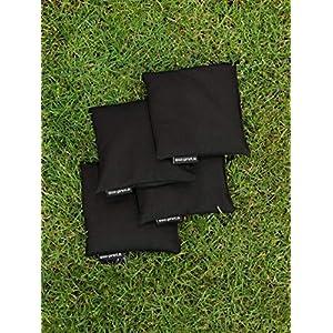 4 Cornhole Säckchen schwarz (Granulat oder Mais), 15 x 15 cm, 400g (oder 250g) – Top Qualität made in Germany…