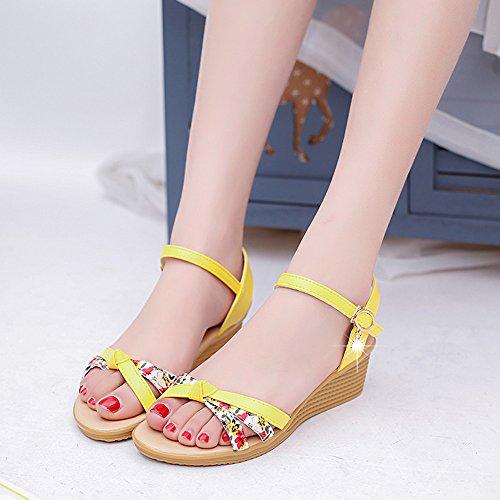 Longra Donne sandali fibbia Giallo