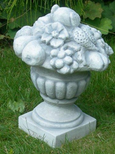 Dekorationselement Amphore mit Früchten Höhe 35 cm Gartendeko aus Beton