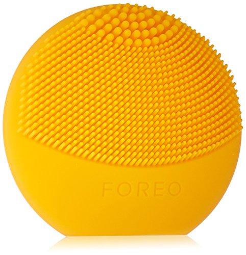 FOREO LUNA play Reinigungsgerät für das Gesicht, Sunflower Yellow, einfach mitzunehmen und komplett wasserdichtes Sonic Reinigungsgerät