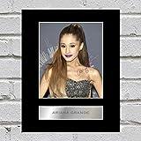 Ariana Grande Signiert Foto Display