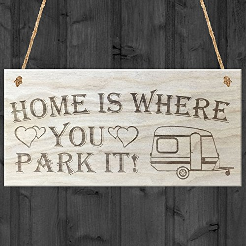 rot-ocean-home-is-where-you-park-it-caravan-love-herzen-aus-holz-hngeschild-plaque-holz-braun