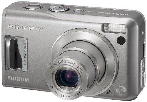 FujiFilm FinePix F31fd Digitalkamera (6 Megapixel, 3-fach Zoom, 6,4 cm (2,5 Zoll) Display)