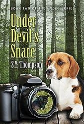 Under Devil's Snare (Under Series Book 2) (English Edition)