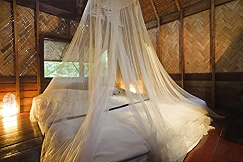 Mosquito Nets 4 U® LARGE Mosquito Net Bed Canopy Maximum Insect Net Protection No Skin Irritation Deet Free Natural Repellent , Complete Hanging Kit , Keep-Clean Drawstring Bag + Bonus E –Book