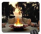ZSMOUSE Feuerstelle bei Dämmerung–Tropische Insel bezogene Lehnstuhl Southsea Mauspad, Mousepad (Strände Maus Pad)