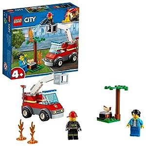 LEGO CityFire BarbecueinFumo con Camion dei Pompieri, Minifigura del Vigile del Fuoco, Hot Dog e Accessori per la Griglia, Set da Costruzione Ispirati ai Pompieri, 60212 5702016369243 LEGO