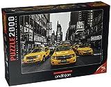 Perre Group 3938 - New York Taxi - 2000 Teile Puzzle mit Schwarz-Weiß-Motiv