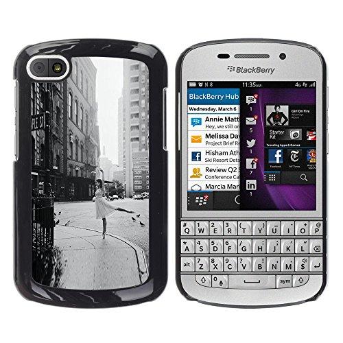 WonderWall Carta Da Parati Immagine Custodia Rigida Protezione Cover Case Per BlackBerry Q10 - strada ballerina annata nero ballo bianco