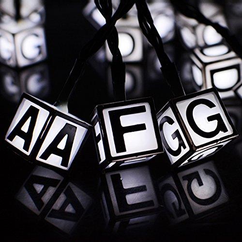 Led Guirlande Lumineuse,KINGCOO étanche 6,1 m 30led Lettre de Alphabet Panneaux Solaire de Noël Guirlande Lumineuse pour Extérieur Jardin Terrasse Fête de Mariage Décorations (Blanc)