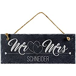 Casa Vivente – Schiefertafel mit Gravur für Ehepaare – Mr & Mrs – Personalisiert mit [Wunschnamen] – Türschild zum Aufhängen – Ideal ALS Geschenk für Paare zum Einzug – Hochzeitsgeschenke