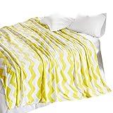 SCM Kuscheldecke XXL 200x240cm Gelb Wohndecke Tagesdecke Decke mit Chevron Print Flauschig Weich und Angenehm Warm Flanell Microlight Perfekt für Herbst Winter