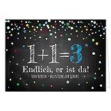 Große Design Glückwunschkarte XXL (A4) zur Geburt, Motiv: Tafel-Look Konfetti 1 1 macht 3 blau/mit Umschlag/Edle Klappkarte/Glückwunsch/Extra Groß/Maxi Gruß-Karte/Baby geboren/Gratulation Eltern