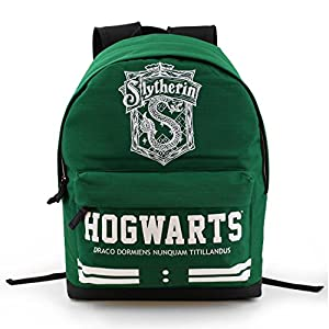 51DyLxcH7TL. SS300  - Karactermania Freetime HS 33622 - Mochila, modelo Harry Potter Slytherin, color verde