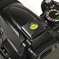 2 en 1 cache du sabot avec niveau à bulle intégré pour Nikon Canon Olympus Pentax Fuji DSLR / Reflex standard  Adapté à tous les appareils photo avec la chaussure chaude standard  Cette couverture de sabot en caoutchouc protège votre chaussure chaude...