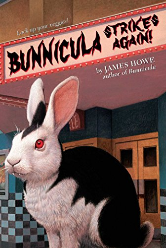 Bunnicula Strikes Again! (Bunnicula and Friends Book 6) (English Edition)