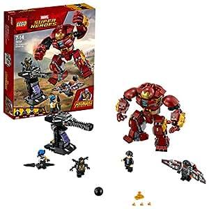LEGO 76104 Marvel Avengers The Hulkbuster Smash-Up, Bruce Banner, Falcon, Proxima Midnight and Outrider, Wakanda Defence Playset