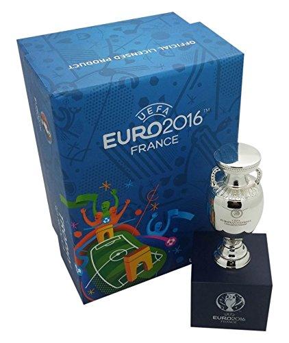 UEFA EM 2016 Pokal Trophy 70 mm auf Podest Europameisterschaft Frankreich