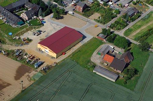 MF Matthias Friedel - Luftbildfotografie Luftbild von Rottes in Kaarst (Neuss), aufgenommen am 20.06.05 um 17:19 Uhr, Bildnummer: 3495-03, Auflösung: 4288x2848px = 12MP - Fotoabzug 50x75cm
