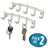mDesign 2er-Set Hakenleiste – schmale Wandgarderobe mit 5 Garderobenhaken – Haken aus Metall – zur Aufbewahrung von Schlüsseln, Schals, Handtüchern, Geschirrtüchern – mattsilberfarben